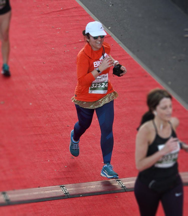 On February 9th and March 2nd, I want to cross the finish line like this: Big Smile, Team Orange!